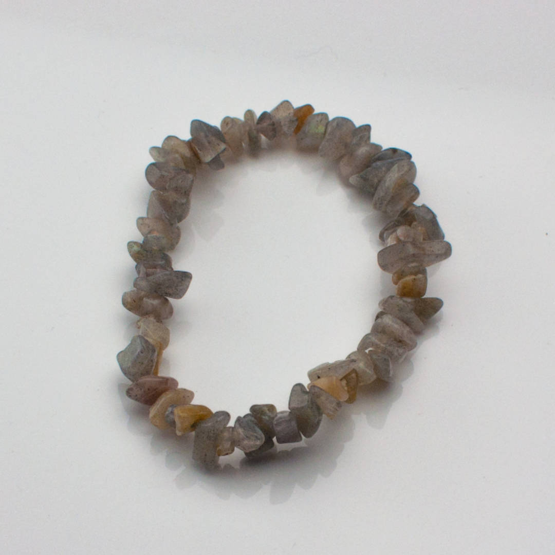 Beautiful Labradorite Chip Bracelet